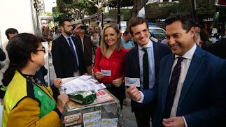 Juanma Moreno, Pablo Casado y Maribel García, este martes en Almería.