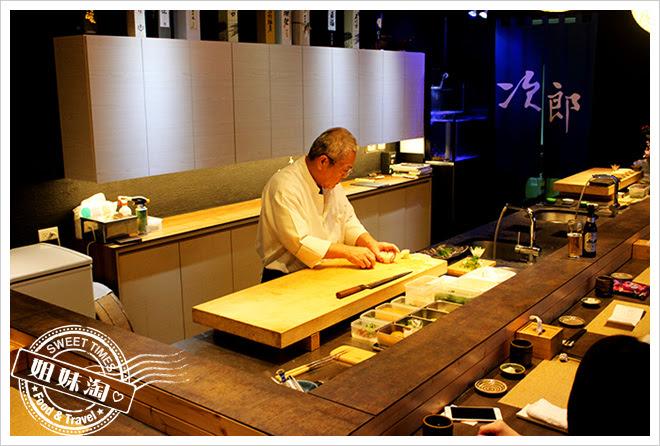 次郎本格日本料理環境