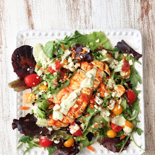 Skinny Grilled Buffalo Chicken Salad & Avocado Ranch