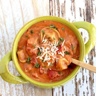 Crockpot Tomato Tortellini Soup Recipe!.