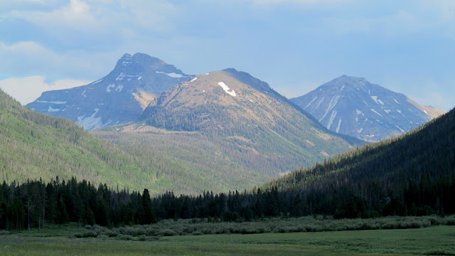 Ostler Peak and Spread Eagle Peak from Christmas Meadows