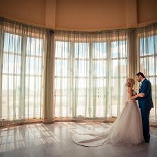 Wedding photographer Anton Bogdanov (Bogdanov). Photo of 19.02.2016
