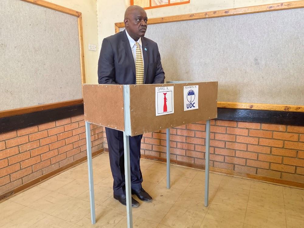 Mokgweetsi Masisi officially elected president of Botswana