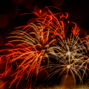 8373jpg Firework July -18-1.jpg