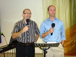 Photo: 2011. június 5-én Caleb Scherer tanít Gyülekezetünkben