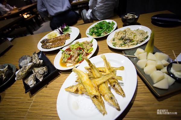 來見網友啦!!大名鼎鼎的「蚵男」,好吃鮮蚵料理一次滿足!蚵男 生蠔 海物 燒烤