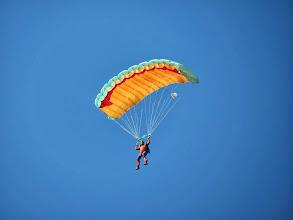 Photo: Parachutiste