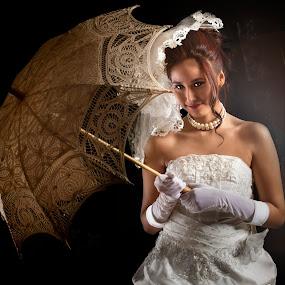 would u please,...... by Lie Oktevianus - Wedding Bride