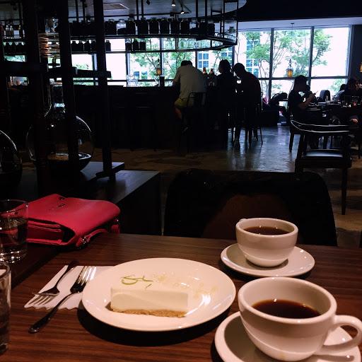 喜歡桌邊手沖咖啡~舒服的下午時光☕️