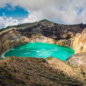 Fresh Cold Lakes by Sonny Saban - Landscapes Mountains & Hills ( mountain, wallpaper, lakes, travel, flores island )