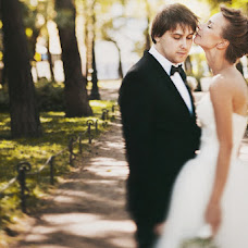 Wedding photographer Olga Komarova (Curly). Photo of 23.08.2013
