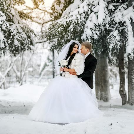 Wedding photographer Pavel Kryukov (PavelKryukov). Photo of 17.03.2017