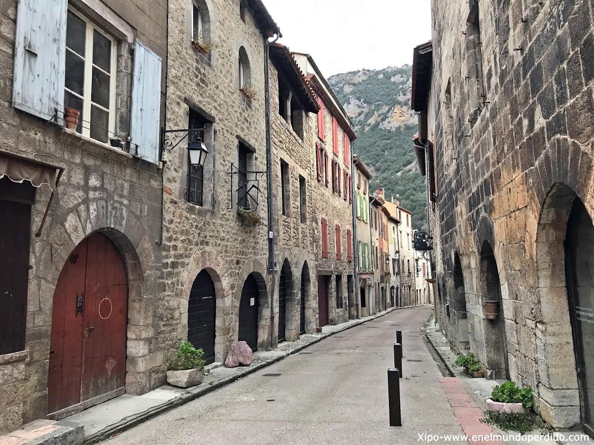 Villefranche De Conflent Uno De Los Pueblos Más Bonitos De Francia En El Mundo Perdido