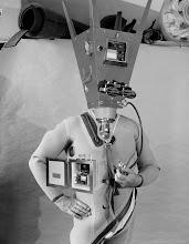 """Photo: © Olivier Perrot 2006 photomontage 24x30cm extrait de la série """"les archives du futur"""""""