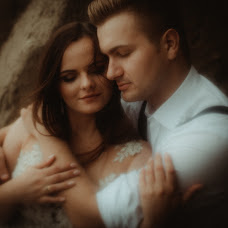 Wedding photographer Grzegorz Krupa (KRUPAIzabelaKr). Photo of 03.09.2018