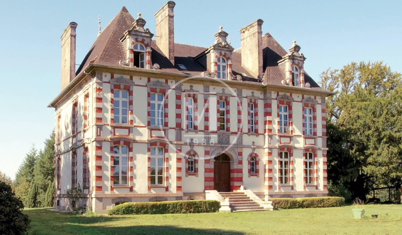 Castle Pleyben