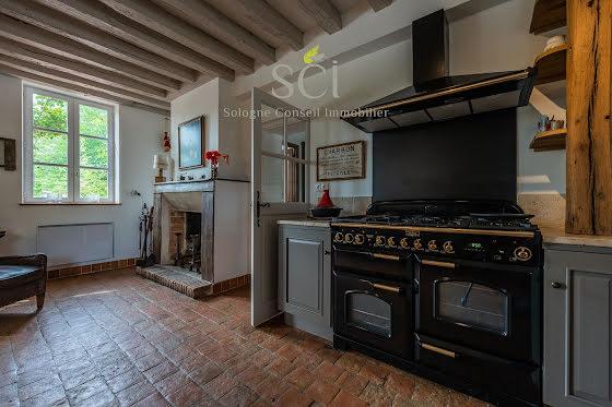 Vente propriété 10 pièces 280 m2