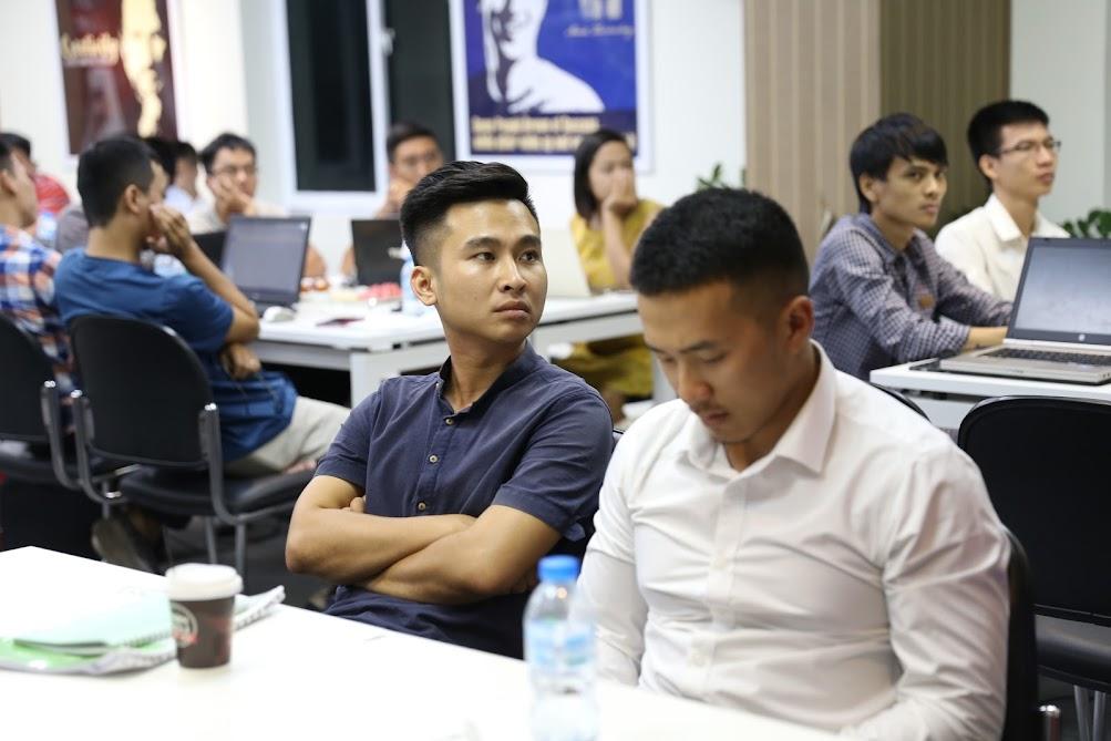 Hình ảnh bế giảng khoá học SEO tiêu chuẩn K47