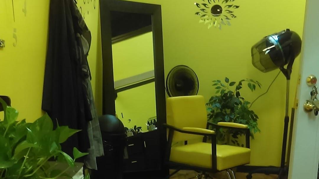 Salon Trenik Hair Salon in Fuquay Varina