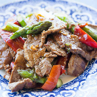 Flank Steak Stir Fry with Asparagus and Red Pepper Recipe