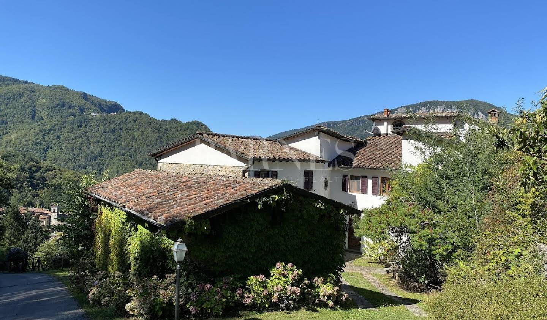 Villa avec piscine et jardin Borgo a Mozzano