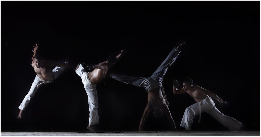 Capoeira by Joni Irwanto - Sports & Fitness Other Sports ( strobist, indonesia, sport, capoeira )