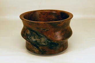 "Photo: Mike Colella 7"" x 5"" bowl [redwood burl]"