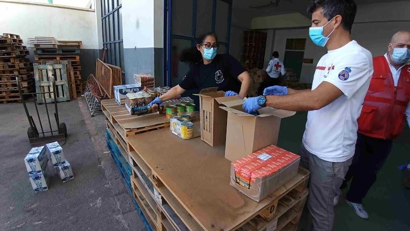 Imagen de archivo de un reparto del Programa de Ayuda Alimentaria.