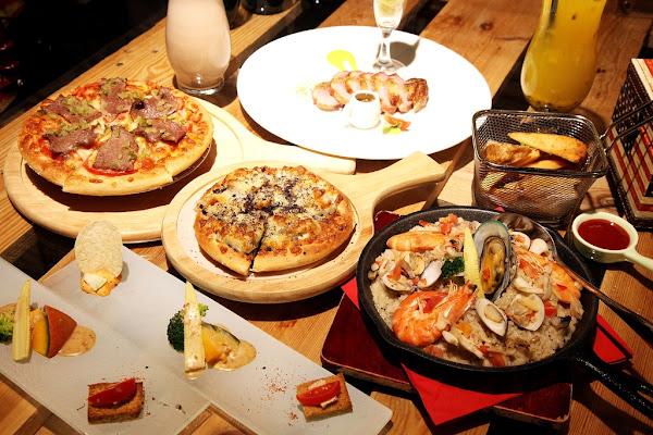 台南美食-7平方創新PIZZArestaurant吃PIZZA不一定要到連鎖店|創意PIZZA套餐|花生大俠炙燒安格斯牛