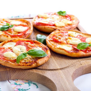Mini Mozzarella And Tomato Crescent Pizzas