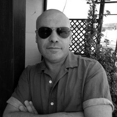 El autor novel reside en la actualidad en Huércal de Almería.