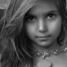 bw eve by Julian Markov - Black & White Portraits & People