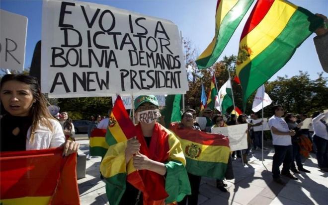 Evo Morales dice que está listo para defenderse de un golpe de Estado