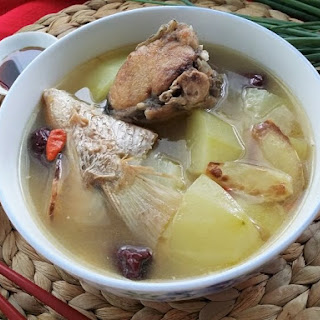 Green Papaya Fish Soup (青木瓜魚湯)