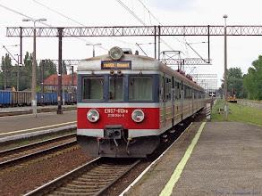 """Photo: EN57-613, IR """"Drwęca"""" Poznań Główny - Olsztyn Główny {Toruń Wschodni; 2014-08-13}"""