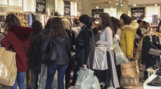 Prohibidas las rebajas: el Gobierno quiere evitar las aglomeraciones en tiendas