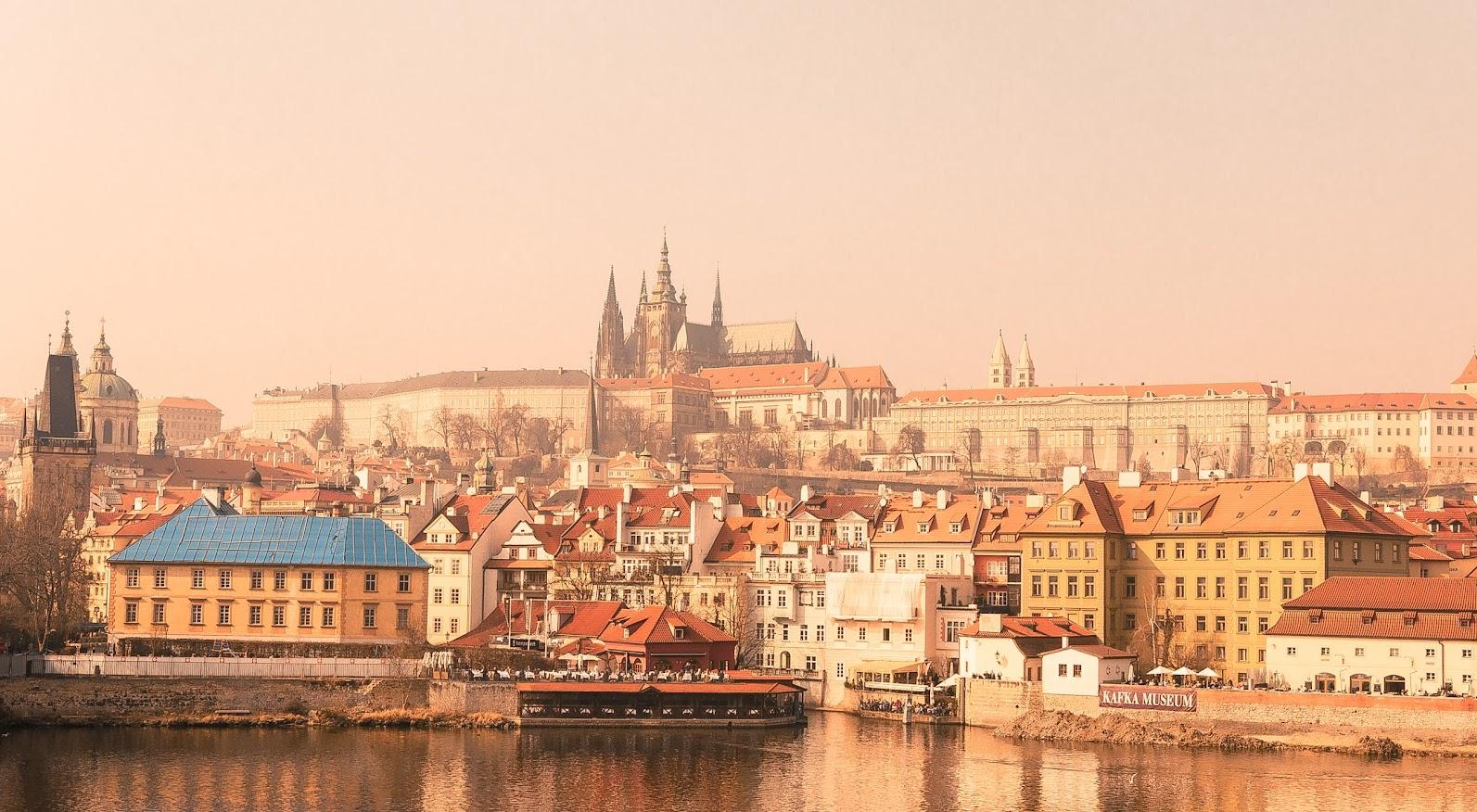 Norwegianin lentodiilit Prahaan