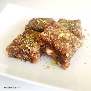 Healthy No-Bake Date Energy Bars.