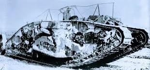 Kampfpanzer (tank) von 1916.