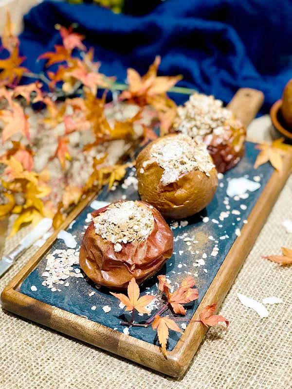 Baked Apples With Rye Flakes Honey And Cinnamon Recipe