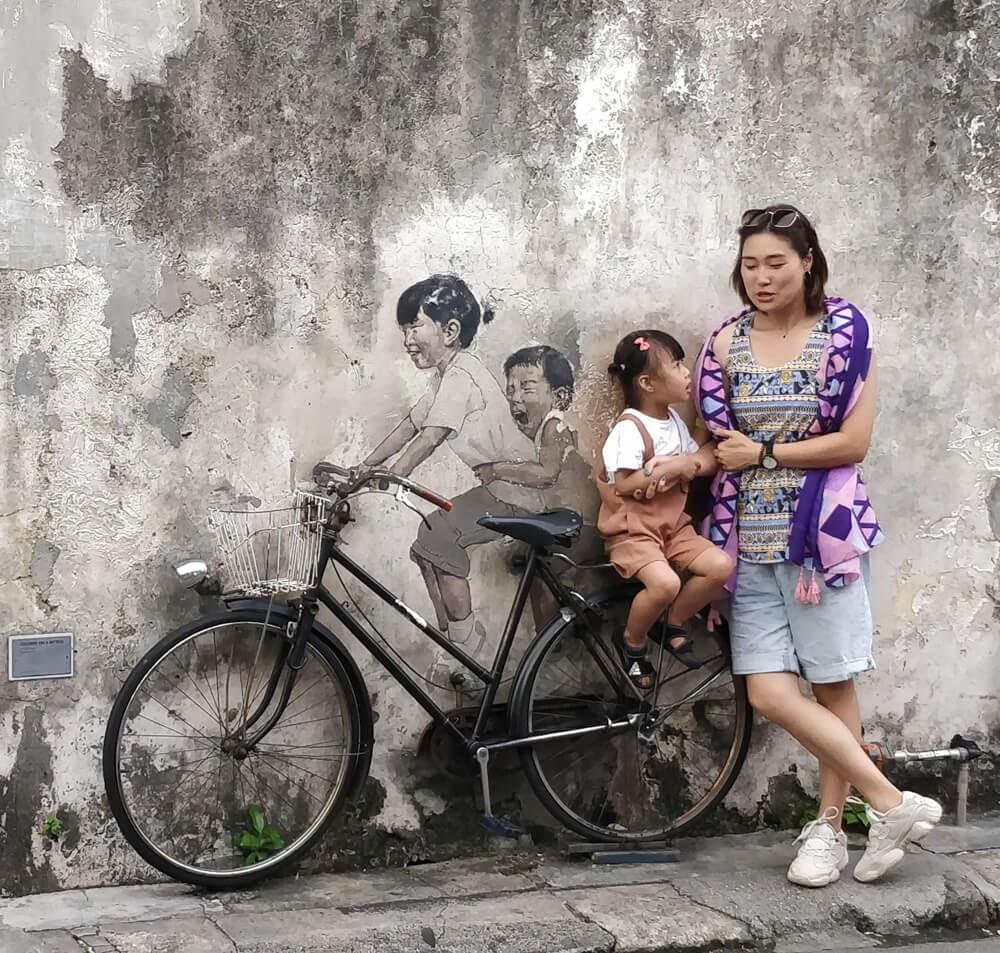 penang street art bicycle ernest-zacharevic penang+malaysia