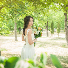 Wedding photographer Olga Vladimirova (Vladimirova). Photo of 08.09.2015