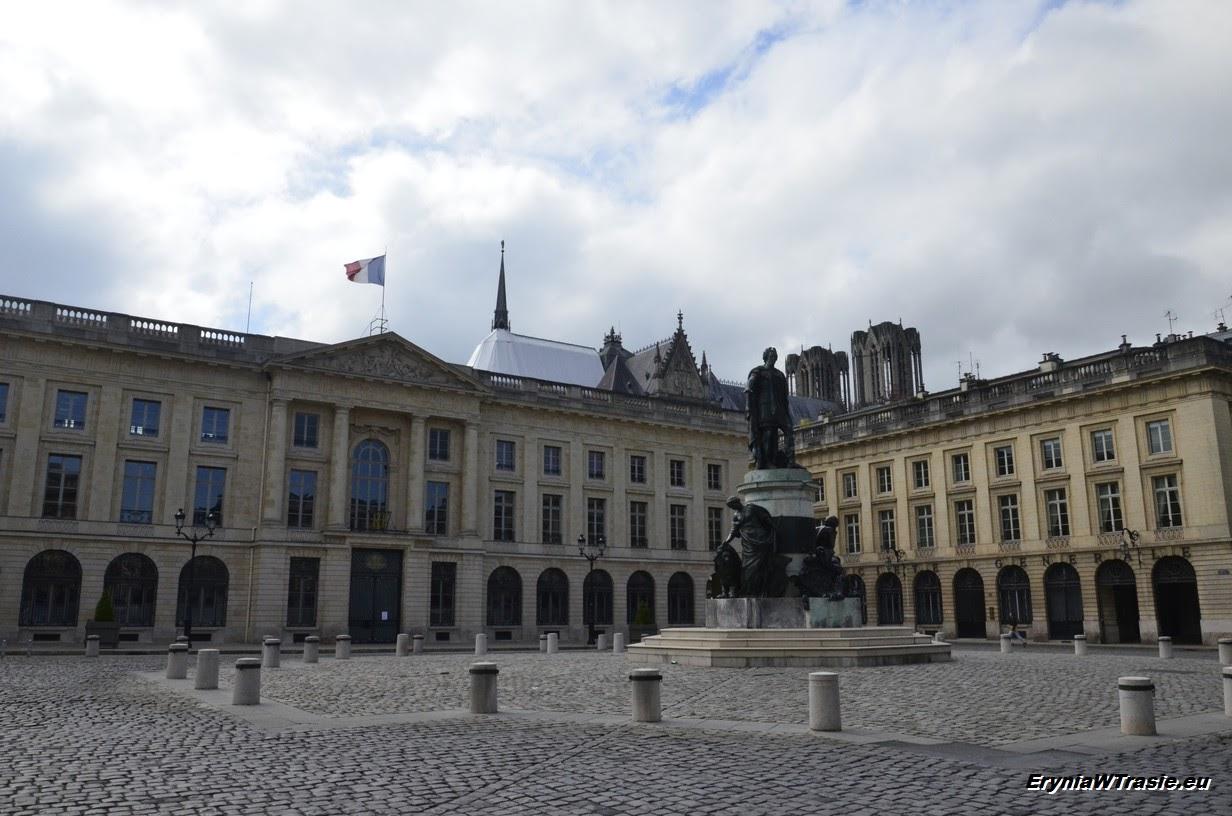 patrz: Reims iszampany