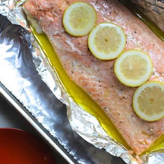 Easy Salmon Baked in Foil