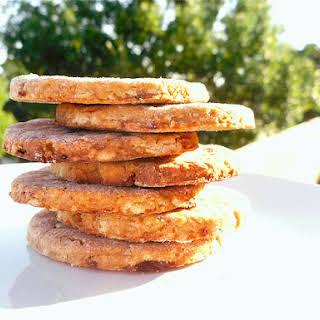 5-Ingredient Vegan Peanut Butter Cookie.