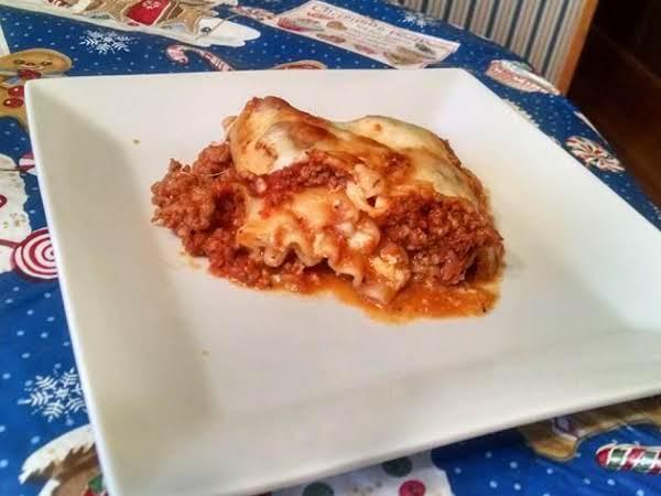 Pizza Lasagna Roll Ups