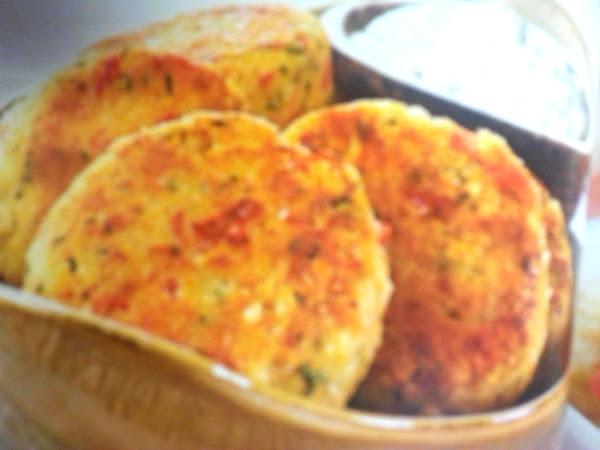 Lighter Crab Cakes W/ Jalapeno Tartar Sauce Recipe