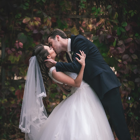 Wedding photographer Anton Volkov (volkotoni). Photo of 14.10.2015