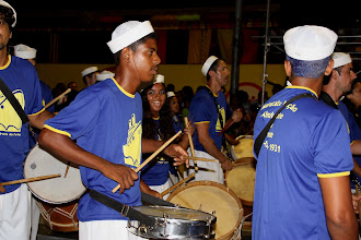 Photo: Carnaval de Recife 2010 avec le Maracatu Almirante do Forte