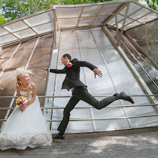 Wedding photographer Sergey Dzhonovich (Johnovich). Photo of 15.08.2013